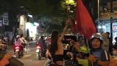 Công dân mạng - Thiếu nữ xinh đẹp hứa sẽ khỏa thân nếu U23 Việt Nam thắng dậy sóng