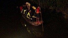 Xã hội - Thương tâm, 2 chị em gái sinh ba chết đuối lúc tắm sông