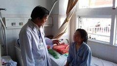Các bệnh - Hơn 200 viên sỏi được lấy ra trong bụng bệnh nhân