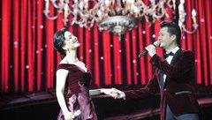 Ngôi sao - Lệ Quyên tình tứ bên Quang Dũng trong liveshow hát nhạc Trịnh