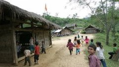 Xã hội - Bệnh viện Nhi TƯ  tìm hiểu việc 9 học sinh 'hung dữ bất thường'