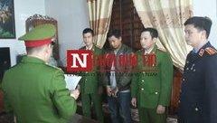 An ninh - Hình sự - Nóng: Bắt tạm giam kẻ đánh cha gãy xương sườn ở Nghệ An