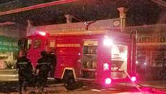 Chính trị - Xã hội - Cháy lớn sau cây xăng, ít nhất 6 người bỏng nặng