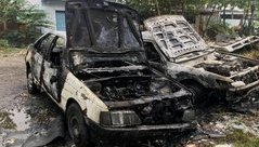 Tin nhanh - Dân đốt rác, bất cẩn đốt luôn 2 ô tô