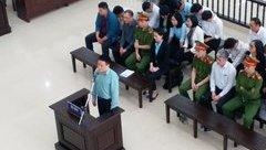 """Hồ sơ điều tra - Phiên tòa xét xử Hà Văn Thắm đẫm nước mắt của các """"bóng hồng"""" Oceanbank"""