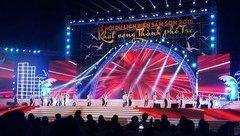 Văn hoá - Thanh Hóa: Hàng ngàn du khách đổ về lễ hội biển Sầm Sơn 2018