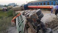 Tin nhanh - Hé lộ nguyên nhân từ hiện trường kinh hoàng vụ lật tàu thảm khốc