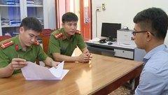 An ninh - Hình sự - Thanh Hóa: Tạm giữ nhân viên hạt giao thông huyện giả mạo chữ kí, con dấu