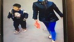 Xã hội - Bé trai 4 tuổi kháu khỉnh nghi bị bỏ rơi ở Phủ Tây Hồ