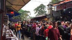 Xã hội - Hơn 20 vạn người về trẩy hội chùa Hương