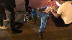 """Tin nhanh - HN: Công nhân vệ sinn bị """"ma men"""" tông xe máy, nguy kịch"""