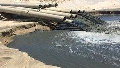 Điểm nóng - Nước đen ngòm từ công trình nạo vét xả thẳng ra biển Bình Thuận