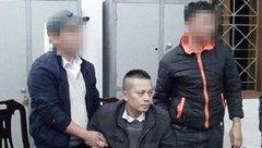 An ninh - Hình sự - Khóa chặt chiếc taxi bắt 2 đối tượng vận chuyển 5 bánh heroin