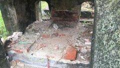 """Xã hội - Kẻ gian đào bới lăng mộ mẹ vua Dục Đức để """"cuỗm"""" châu báu?"""