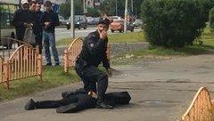 Thế giới - Cảnh sát Nga bắn hạ kẻ dùng dao đâm 8 người bị thương
