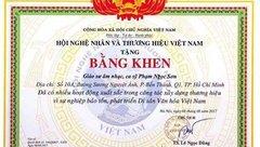 Tiêu dùng & Dư luận - Bộ Công Thương yêu cầu giải trình việc tặng bằng khen cho ca sĩ Ngọc Sơn