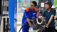 Tiêu dùng & Dư luận - Một tháng, giá xăng dầu tăng mạnh hai lần liên tiếp