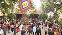 Mới- nóng - [Chùm ảnh]: Người dân Hà Nội nô nức đi lễ chùa đầu xuân