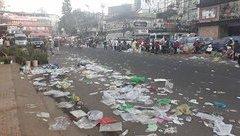 Điểm nóng - Nhiều du khách vô tư xả rác ở thành phố ngàn hoa Đà Lạt