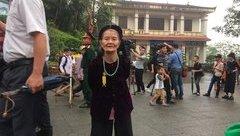 Văn hoá - Cảm xúc đọng lại của những người cao tuổi khi về đất Tổ dâng hương Vua Hùng