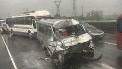 Tin nhanh - Hà Nội: Tai nạn kinh hoàng trên cao tốc Pháp Vân - Cầu Giẽ