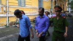 Hồ sơ điều tra - Chích điện cướp xe của tài xế Grabbike, 2 bị cáo ngoại quốc lĩnh án tù