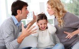 Đời sống - Cãi nhau trước mặt con trẻ: Điều tối kỵ cha mẹ chớ làm