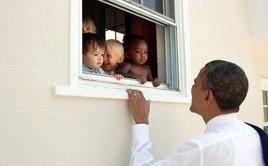 Tiêu điểm - Cựu Tổng thống Obama viết gì trong thông điệp phá kỷ lục với 3 triệu người thích?