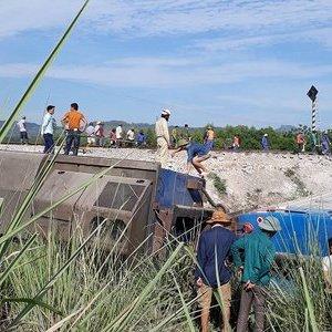Toàn cảnh vụ lật tàu thảm khốc ở Thanh Hóa
