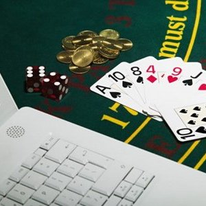 Phá đường dây đánh bạc trên mang xuyên quốc gia nghìn tỷ đồng