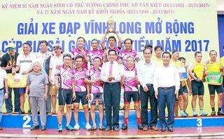Tin nhanh - Vĩnh Long: 135 tay đua tranh tài giải Xe đạp lão tướng