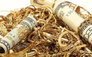 Pháp luật - Truy tìm kẻ trộm tiền vàng hơn nửa tỷ, đánh rơi 200 triệu đồng