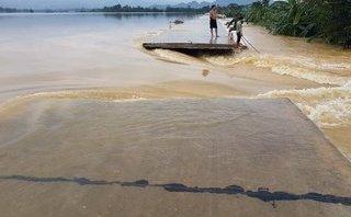 Chính trị - Xã hội - Hà Nội: Vỡ đê phụ sông Bùi, khẩn trương khắc phục sự cố