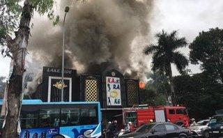 Xã hội - Hà Nội: Hàn cục nóng điều hoà, quán karaoke bốc cháy nghi ngút