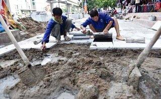 Xã hội - Chủ tịch Hà Nội yêu cầu làm rõ trách nhiệm việc lát đá vỉa hè