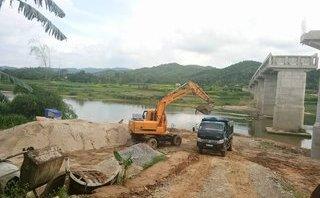 Chính trị - Xã hội - Nhọc nhằn kiếp sinh thành một cây cầu trên dòng sông Ngàn Phố