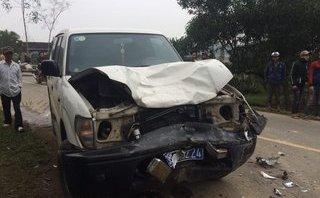 Tin nhanh - Hà Tĩnh: Ô tô của UBND huyện và xe máy tông nhau, 3 người tử vong