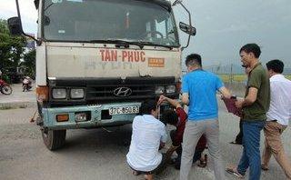 Tin nhanh - Người phụ nữ bị xe tải đâm tử vong khi đang phơi lúa trên QL1A