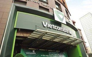 Kinh doanh - Bỗng dưng gánh nợ 500 triệu từ Vietcombank: Khách hàng có thể khởi kiện