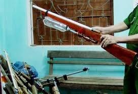 """An ninh - Hình sự - Nghệ An: Ngăn chặn """"bắn thú nhầm người"""", thu hơn 600 khẩu súng tự chế"""