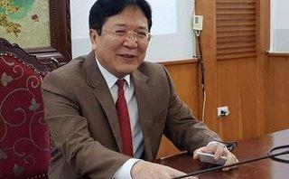 Sự kiện - Thứ trưởng Vương Duy Biên: 'Ngân Anh mới ngoài 20 tuổi, đừng ném đá nhiều quá'!