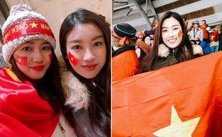 Ngôi sao - Thủ môn Bùi Tiến Dũng ngượng ngùng ký tặng Hoa hậu Đỗ Mỹ Linh