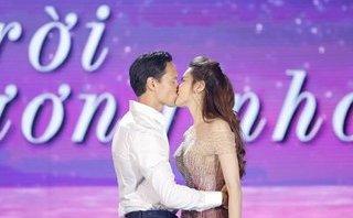Ngôi sao - Hồ Ngọc Hà nói gì sau nụ hôn 'nồng cháy' với Kim Lý trên sân khấu?