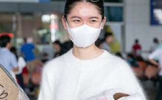 Sự kiện - Á hậu Thuỳ Dung âm thầm về Việt Nam sau HH Quốc tế