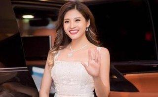 """Ngôi sao - Hoa hậu Phan Hoàng Thu: 'Vietjet đã quá """"cơ hội"""" khi tranh thủ PR trong một dịp không phù hợp'"""