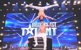 Cộng đồng mạng - Quốc Cơ - Quốc Nghiệp khiến khán giả, giám khảo 'Britain's Got Talent' sửng sốt