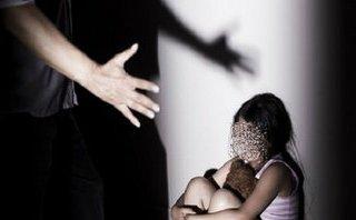 An ninh - Hình sự - Nghi án dâm ô với 9 học sinh, thầy giáo bị tạm giữ để điều tra
