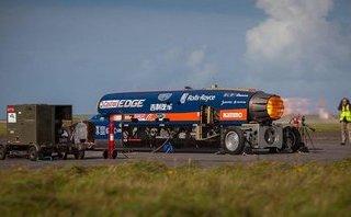 Xe++ - Điều gì xảy ra khi một chiếc xe 5 tấn được gắn động cơ tên lửa?