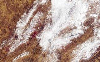 Cuộc sống số - Sững sờ với những hình ảnh hiếm hoi tuyết rơi ở sa mạc Sahara