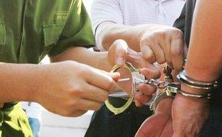 Pháp luật - Nam Định: 3 cán bộ thôn tự ý bán đất bị bắt giữ